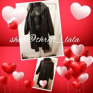 Long Black Cool Vintage Trenchcoat